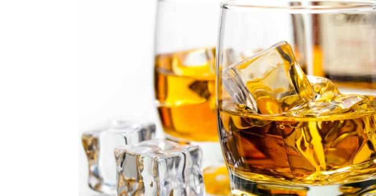 10 Amazing Health Benefits of Drinking Whiskey