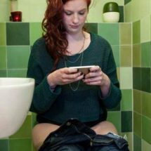 Keep Your Smartphone out of Your Bathroom! You Will Never Believe Why
