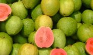 The Impressive Health Benefits of Guava Fruit and Leaves & How to Eat Guava (Evidence Based)
