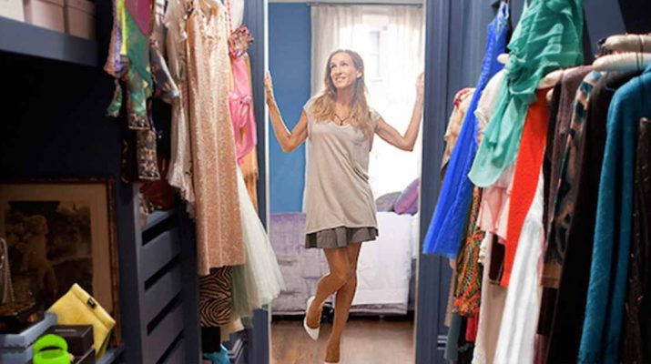 5 Hacks to Organize Your Closet When It's Hard to Let Go
