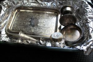 15 Aluminum Foil Hacks Your Mom Never Taught You