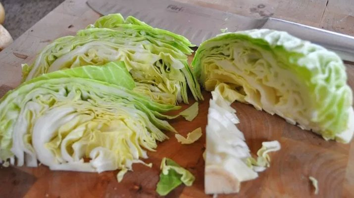Cabbage-One-Of-The-Most-Effective-Foods-Often-Used-To-Heal-Stomach-Ulcer,-Detoxify-Liver-And-Stop-Inflammation