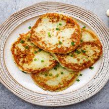 Fluffy Garlic Cauliflower Mashed 'Potato' Cakes Recipe