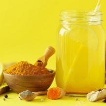 How to Make Turmeric Lemonade to Relieve Depression and Stress