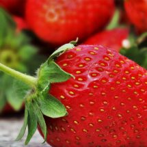 How to Use Strawberry Face Masks for Glowing Skin