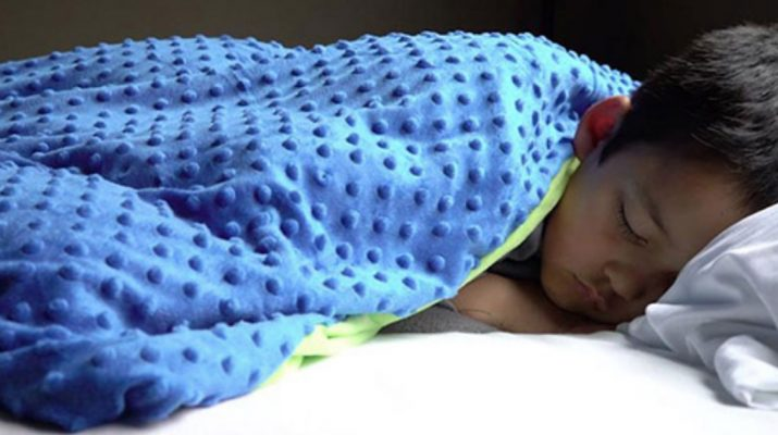 The-Weighted-Blanket-That-Scientifically-Puts-You-To-Sleep;-Helps-With-Anxiety,-Depression-And-Autism