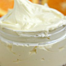 Homemade Citrus Body Butter That Soothes and Softens Dry, Scaly Skin Overnight (Recipe)