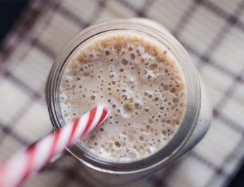 How to Make A Miracle Smoothie to Relieve Knee Pain and Restore Strength
