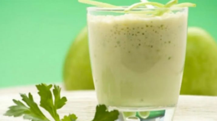 Pineapple-Juice-And-Cucumber-Can-Clean-The-Colon-In-7-Days-And-Help-You-Lose-Weight
