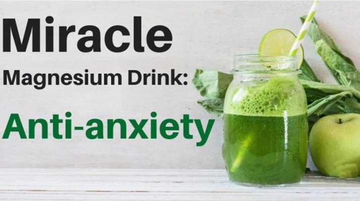 The-Anti-Anxiety-Juice-Recipe-that-Uses-Celery,-Spinach,-Apples-and-Ginger