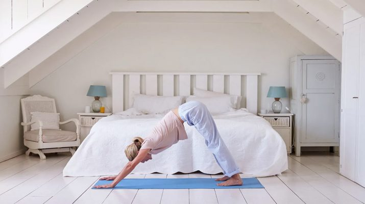 8-Morning-Stretches-That-Make-You-Stronger-And-More-Flexible