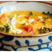 Cauliflower, Ginger, Coconut oil, Turmeric Stew – Amazing!